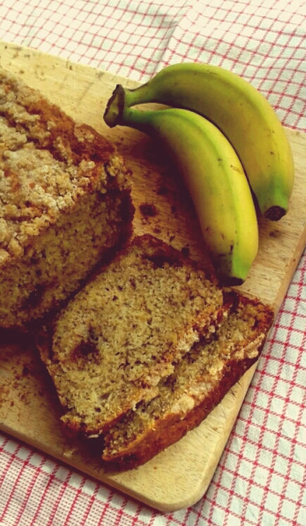 Banana crumble loaf