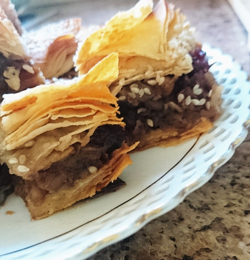 Apple pie baklava